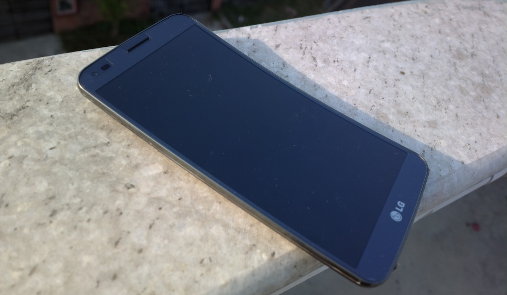 Despite being made from plastic, the G Flex doesn't look or feel cheap.