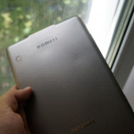 Samsung Galaxy Tab S plastic back may deform from overheating