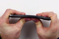 Samsung Galaxy Note 3 crushes the iPhone 6 Plus in the 'Bend Test'