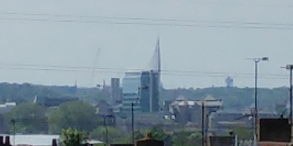 A 1:1 crop from the 2x digital zoom shot, showing what a good job LG made of the algorithms