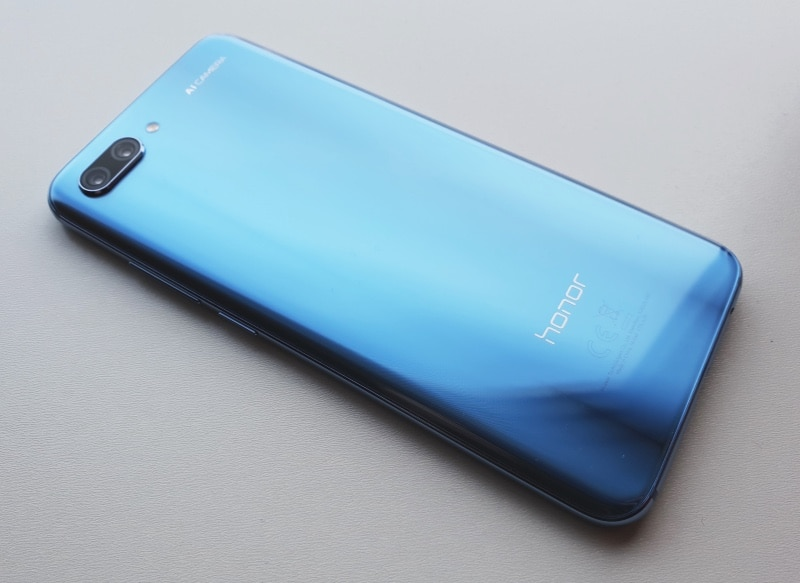 Honor 10 Review: Much More Than 'The Poor Man's iPhone X'